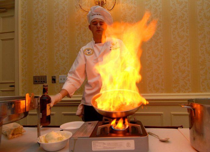 Gastronomiczny grill gazowy