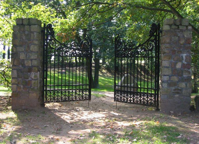 Wybieramy firmę oferującą bramy