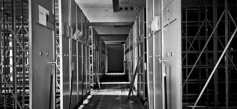 Oferta szafek ze stali nierdzewnej dla firm