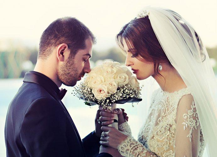 Kartki ślubne - przekaż życzenia parze młodej